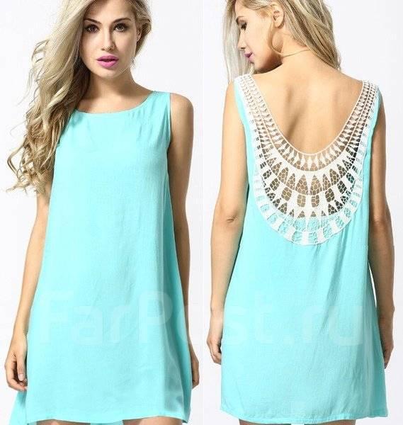 Платье с кружевами бирюзовое