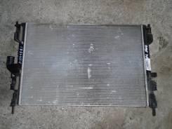 Радиатор охлаждения двигателя. Renault Logan