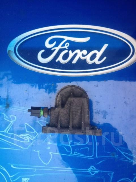 Крепление масляного фильтра. Ford: Focus, Galaxy, Maverick, S-MAX, Fiesta, C-MAX, Mondeo