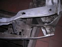 Рамка радиатора. Mercedes-Benz E-Class, W124, 124 Двигатель 111