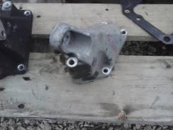 Кронштейн опоры двигателя