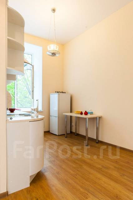 2-комнатная, улица Уборевича 24. Центр, частное лицо, 44 кв.м.