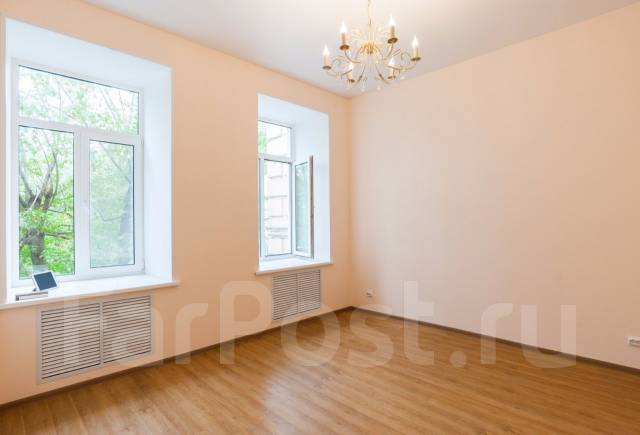 2-комнатная, улица Уборевича 24. Центр, частное лицо, 44 кв.м. Комната