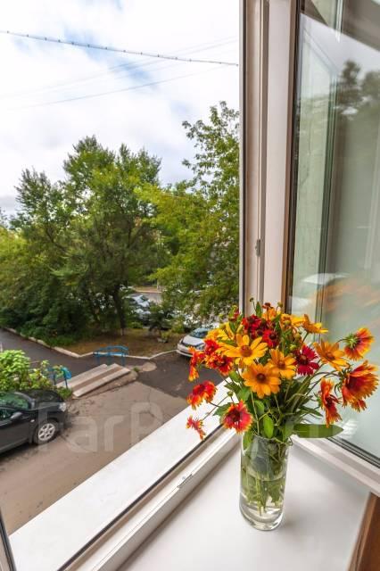 2-комнатная, улица Уборевича 24. Центр, частное лицо, 44 кв.м. Вид из окна днем