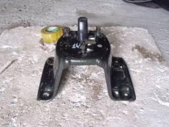 Крепление запасного колеса. Isuzu Bighorn, UBS26GW Двигатель 6VE1