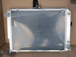 Радиатор охлаждения двигателя. Audi A8