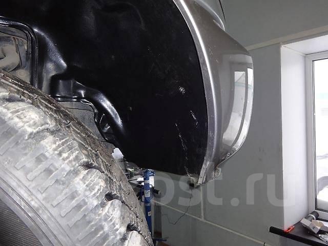 Подкрылок. Lexus LX470. Под заказ