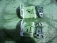 Крепление двери багажника. Honda CR-V, RD5 Двигатель K20A