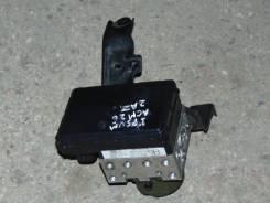 Блок abs. Toyota Ipsum, ACM26W, ACM26 Двигатель 2AZFE
