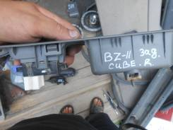 Блок управления стеклоподъемниками. Nissan Cube, BZ11 Двигатель CR14DE