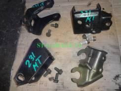 Кронштейн кпп. Toyota Celica, ZZT231, ZZT230 Двигатели: 2ZZGE, MTEU, 1ZZFE