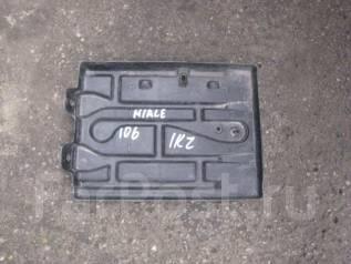Крепление аккумулятора. Toyota Hiace, 106