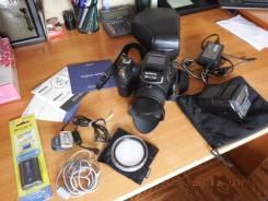 Sony Cyber-shot DSC-R1. 10 - 14.9 Мп, зум: 5х