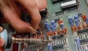 Радиоинженер. Требуется радиоинженер для преподавания в колледже. Владивостокский судостроительный колледж. Владивосток, ул. Шепеткова, 60