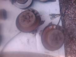 Суппорт тормозной. Toyota Carina ED, ST183, ST182, ST181, ST180
