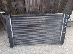 Радиатор охлаждения двигателя. Toyota Opa, ZCT10 Двигатель 1ZZFE