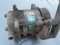 Компрессор кондиционера. ГАЗ 31105 Волга Двигатель CHRYSLER24L