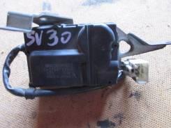 Сервопривод заслонок печки. Toyota Camry, SV30 Двигатель 4SFE