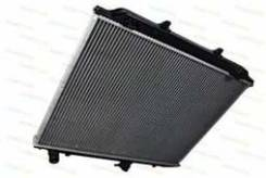 Радиатор охлаждения двигателя. Nissan Terrano Двигатели: TD27, TD27TI, TD27T