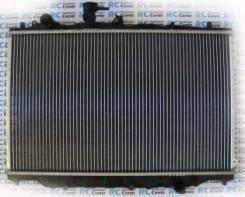 Радиатор охлаждения двигателя. Mazda 626