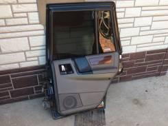 Правая задняя дверь Jeep Grand Cherokee 93