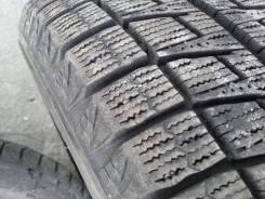 Bridgestone Blizzak Revo2. Зимние, без шипов, 2010 год, износ: 10%, 4 шт