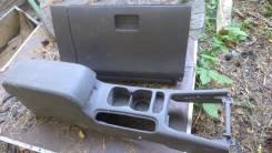 Подлакотник между сиденьями Nissan Bluebird 96-2001г. в. Nissan Bluebird, EU14, HU14, HNU14, ENU14, SU14, QU14