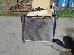 Радиатор охлаждения двигателя. Nissan Lafesta, B30