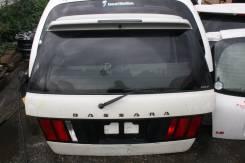 Дверь багажника. Nissan Bassara