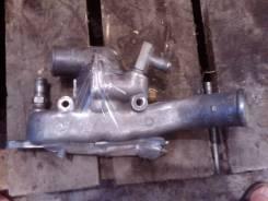 Корпус термостата. Nissan Atlas Двигатель TD27