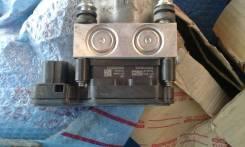 Привод тормозной (Блок ABS) Toyota Camry 50 (ACV51, ASV50, AVV50, GSV50). Toyota Camry, ACV51, ASV50, AVV50, GSV50