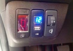 Бортовой вольтметр с USB зарядкой в штатное место заглушки для Honda. Mazda Proceed Marvie