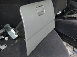 Бардачок. Toyota Ipsum, ACM21W Двигатель 2AZFE