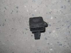 Датчик расхода воздуха Toyota Camry ACV30 2AZ (22204-21010) 22204-21010