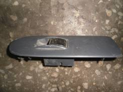 Кнопка стеклоподъемника. Toyota Regius Ace, LH178V