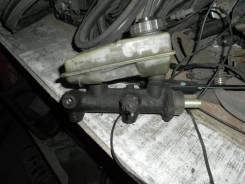 Цилиндр главный тормозной. Audi 80