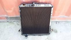 Радиатор охлаждения двигателя. Isuzu Elf Nissan Atlas