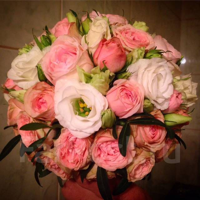 Живые цветы подарок доставка цветов по автозаводу