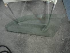 Продам стекло в переднюю левую дверь на Toyota Premio ZZT240