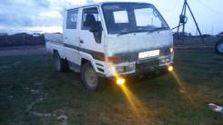 Toyota Hiace. Продается грузовик toyota hiace двухкабинник, 1 800 куб. см., 1 000 кг.