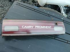Вставка багажника. Toyota Camry Prominent