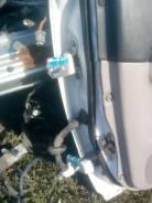 Крепление боковой двери. Toyota Caldina, ST215G Двигатель 3SGE