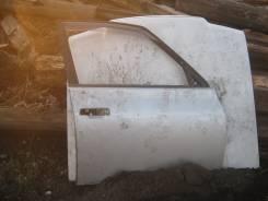 Продам переднюю правую дверь Toyota Opa ZCT10