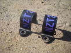 Крепление стабилизатора. Toyota Premio, NZT240 Двигатель 1NZFE