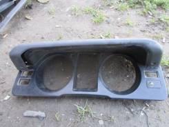 Консоль панели приборов. Mitsubishi Pajero, V26W Двигатель 4M40
