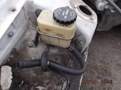 Бачок гидроусилителя руля. Toyota Mark II, JZX90, JZX90E Двигатели: 1JZGTE, 1JZGE