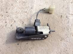 Клапан vvt-i. Mitsubishi Pajero, V26C, V26W, V46W, V46V, V26WG, V46WG Двигатель 4M40