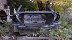 Задняя часть автомобиля. Ford Mondeo