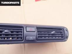 Решетка вентиляционная. Toyota Crown Majesta, UZS171, UZS173, UZS175, JZS177 Двигатели: 1UZFE, 2JZFSE
