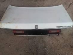 Крышка багажника. Toyota Camry, CV20